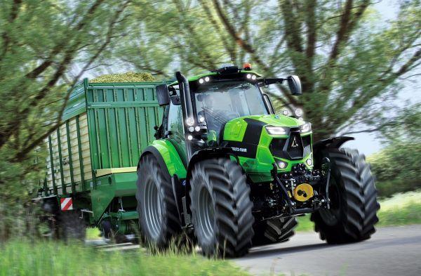 ev_traktora_2017_deutz-fahr-6215rcshift