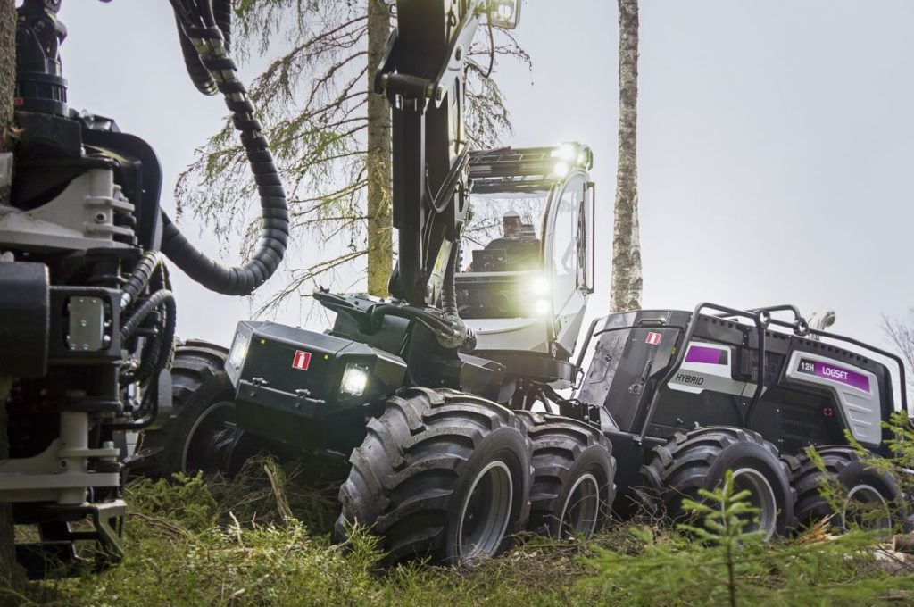 A Logset hibrid harvestere