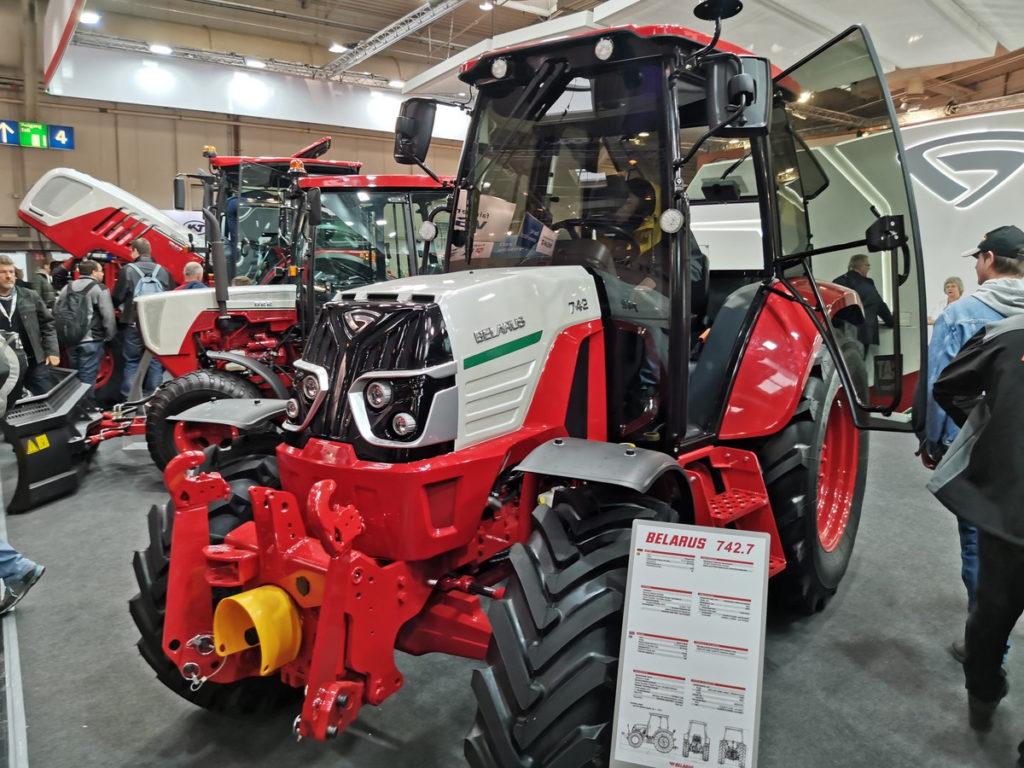 Belarus 742 traktor