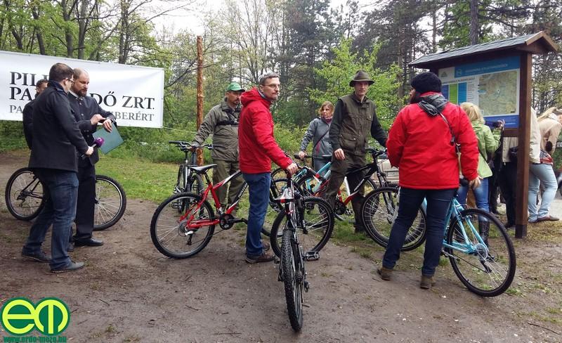 0pilis_bike_17.jpg