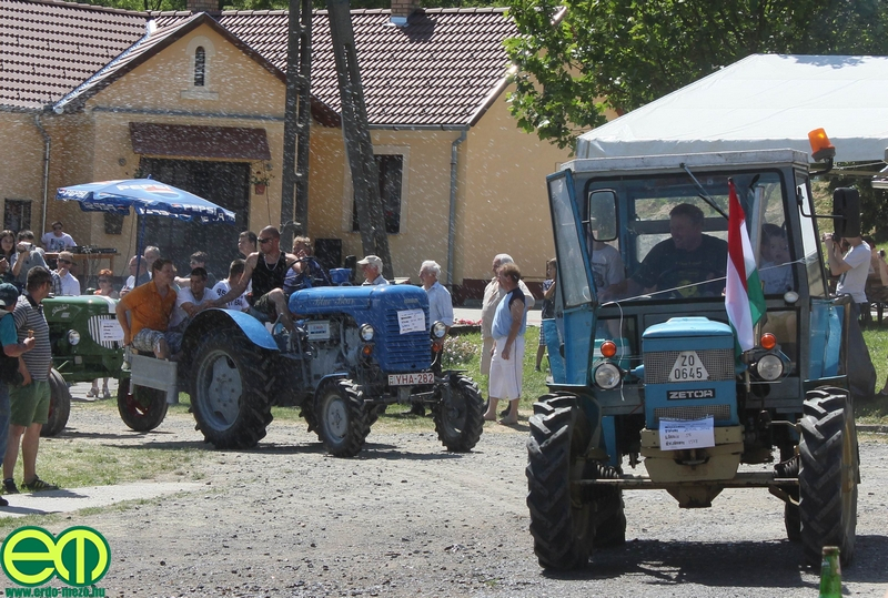 csafordi_veteran_traktor24