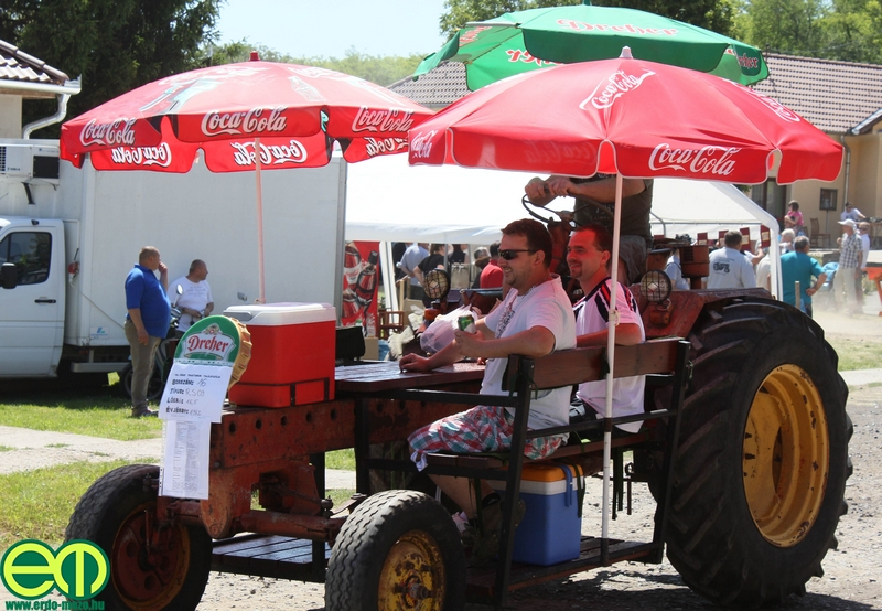 csafordi_veteran_traktor31