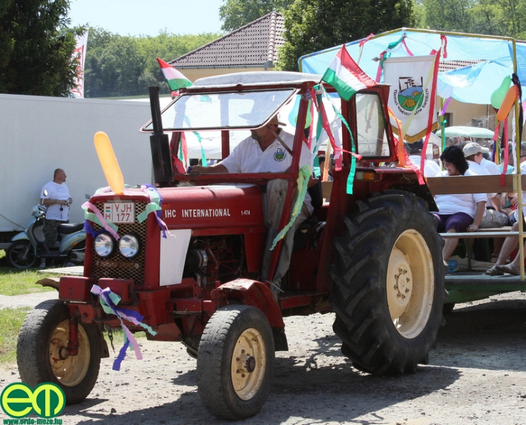 csafordi_veteran_traktor33