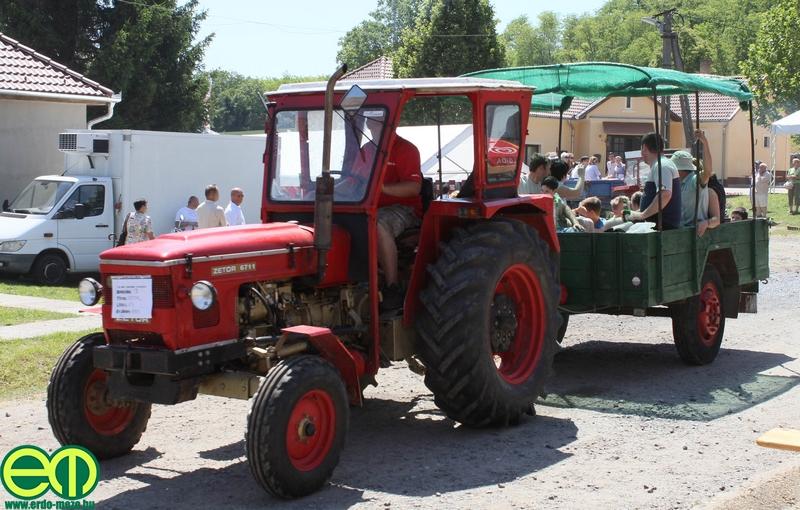 csafordi_veteran_traktor53