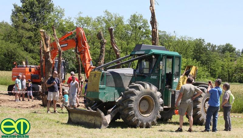 csafordi_veteran_traktor55