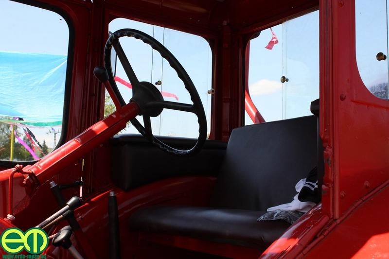 csafordi_veteran_traktor84