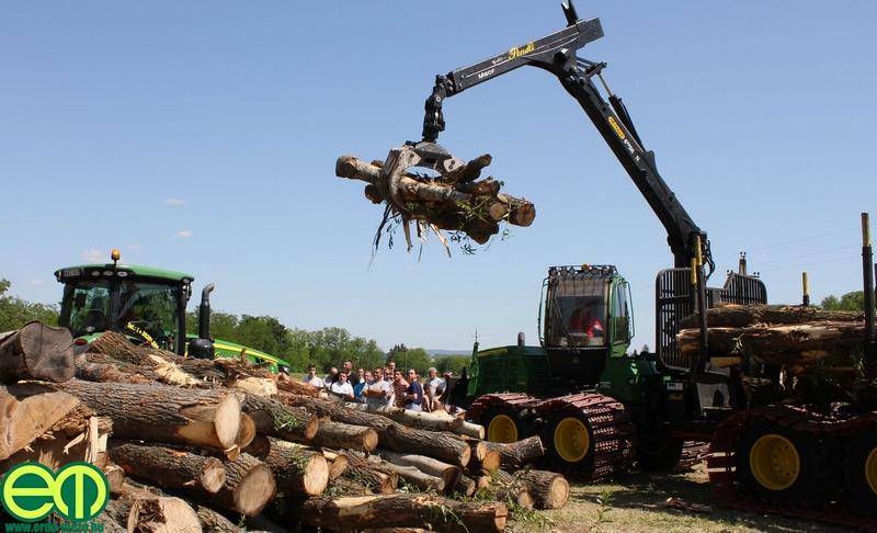 csafordi_veteran_traktor90