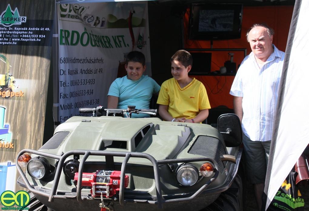ARGO kétéltű terepjáró az Erdőgépker Kft. standján