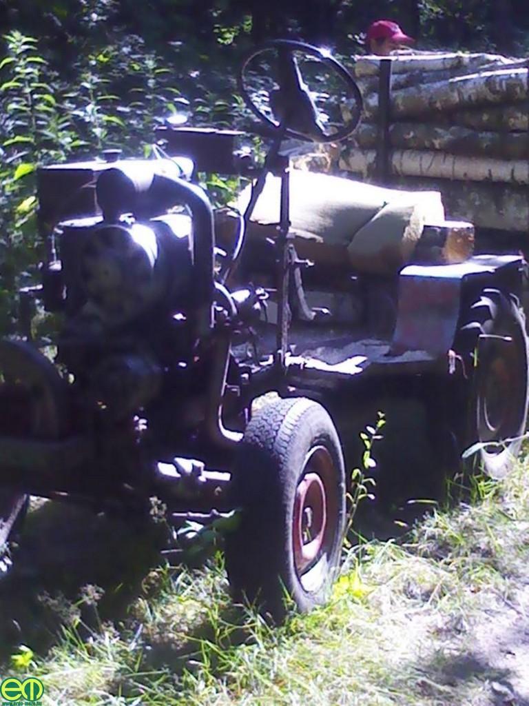 Farkas Károly - Épített traktor