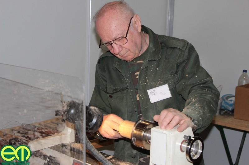 Az innoLignum Sopron erdészeti és faipari kiállításról is jól ismert faesztergályosok a Ligno Novum idején is alkotnak