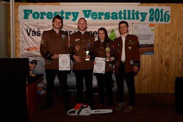 2016-os fotó a soproni erdőmérnök csapatról