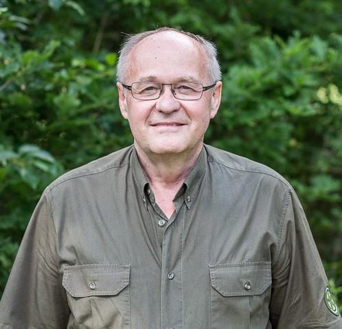 Dr. Jung László