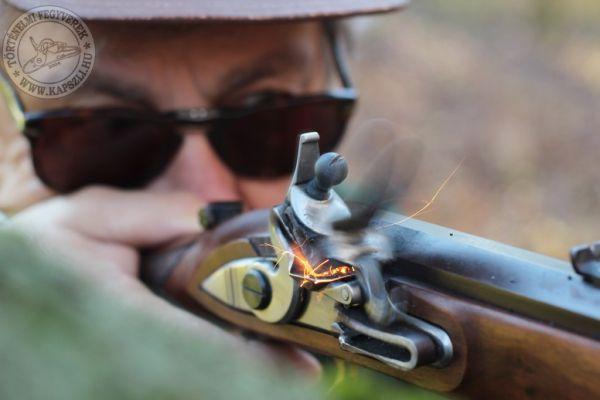 A lövés pillanata - www.kapszli.hu