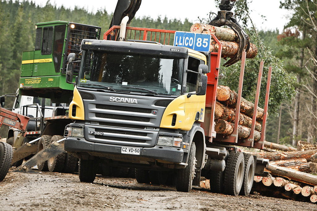 Scania P380 CP16 from Llico Transport