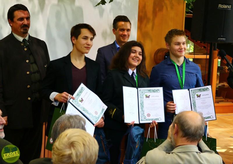 Az első helyezett csapat