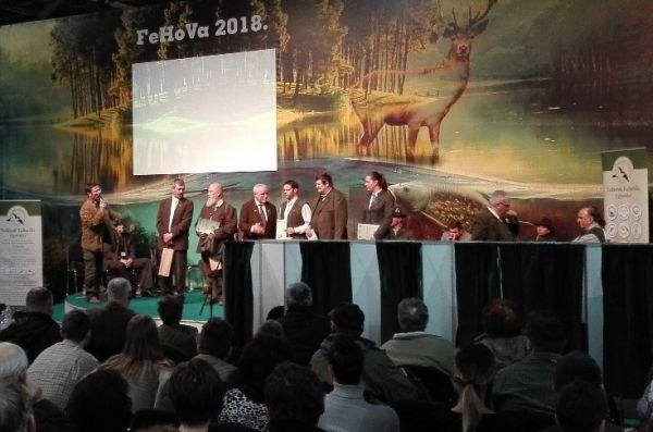 A zsűrit is díjazták, megköszönve a munkájukat - Fotó: Éliás Tibor