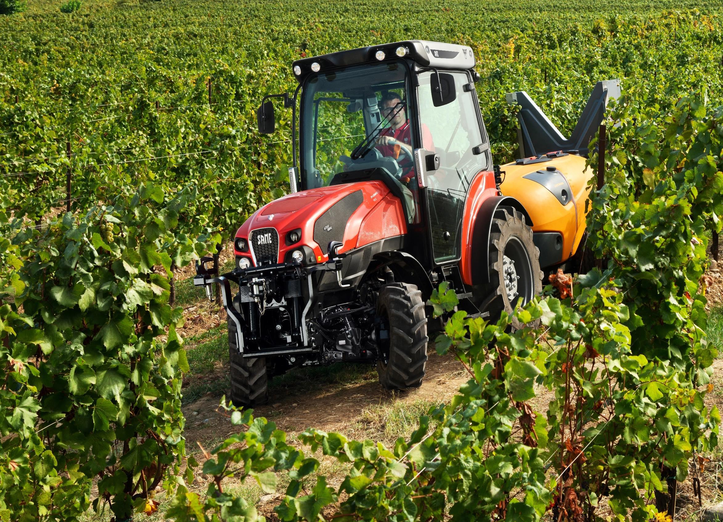 ev_traktora_same