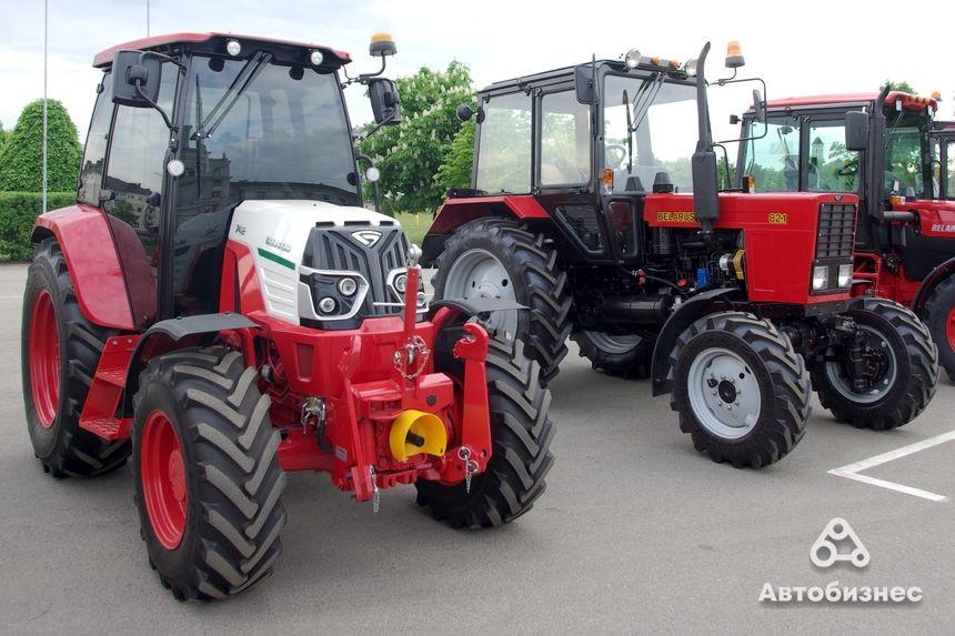 Belarus-923 és Belarus 82-1 traktorok