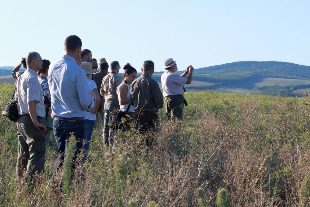 2020 szeptemberében az OMVK konferenciát tartott a zöldítésről és annak helyes gyakorlatáról, aminek terepi része Kozárdon, Hajas Péter Pál gazdaságában zárult (Fotó: Gribek Dániel)