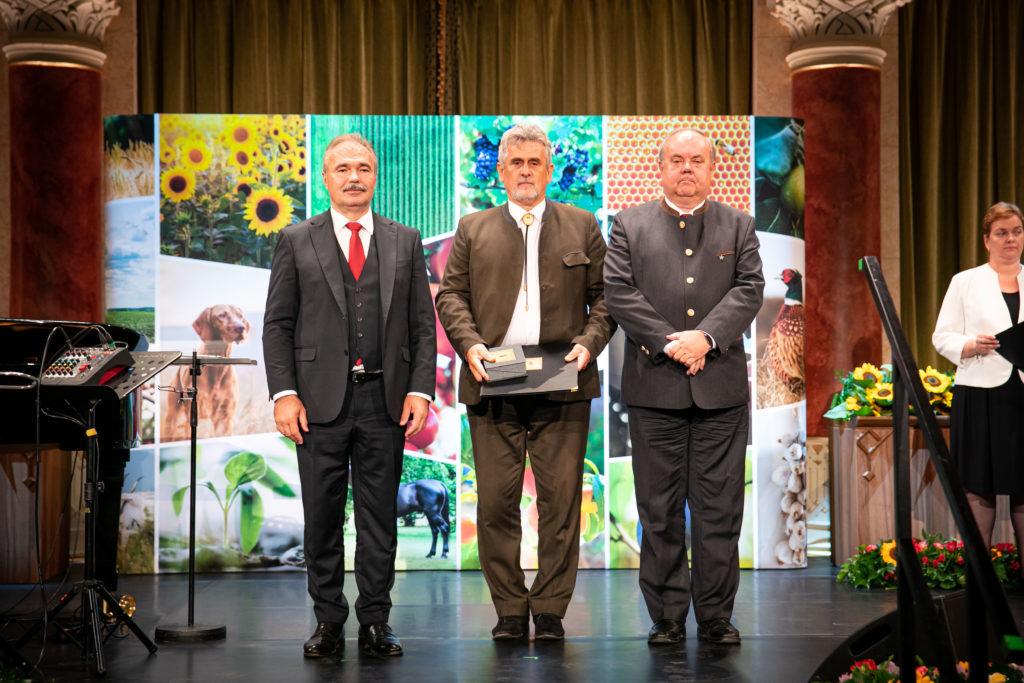 Wisnovszky Károly a Nemzeti Földügyi Központ okleveles erdőmérnöke, elnöki főtanácsadója (Fotó: Fekete István, AM)