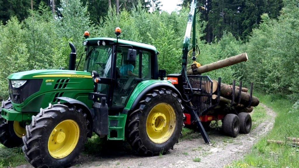 john_deere_erdeszeti_traktor_3